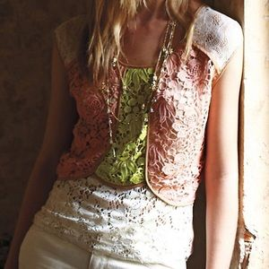 SALE Anthro Champagne & Strawberry Lace Shell